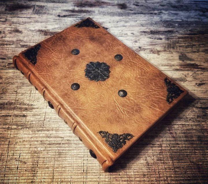 Diario in stile Rinascimentale – Libro delle Ombre – grande formato
